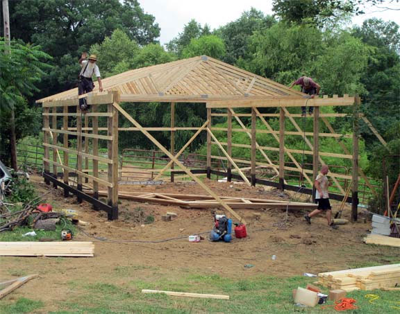 pole barn construction by Lancaster Pole Builders Inc.